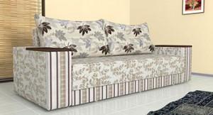 Прямой диван обитый тканью