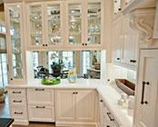 Мебель со стеклянными дверцами на заказ