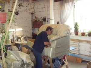 Перетяжка старого дивана